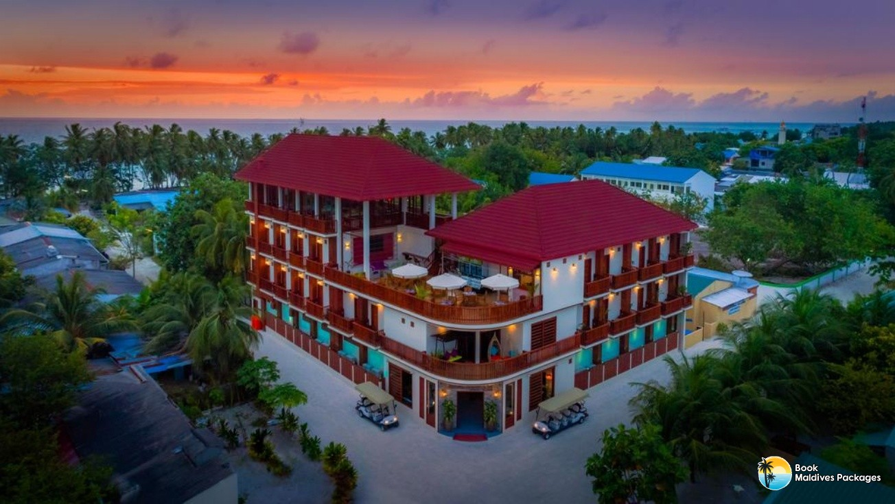 Araamu Holidays and Spa Dhiffushi-deal
